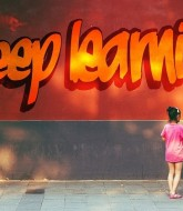 What Should a Self-Learning Course Have?